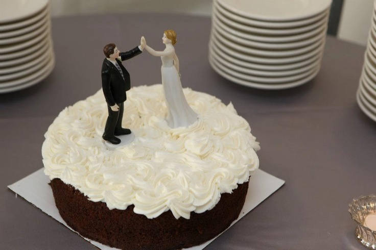wedding cake toppers high five cake topper high five the winds weddings isle 26493