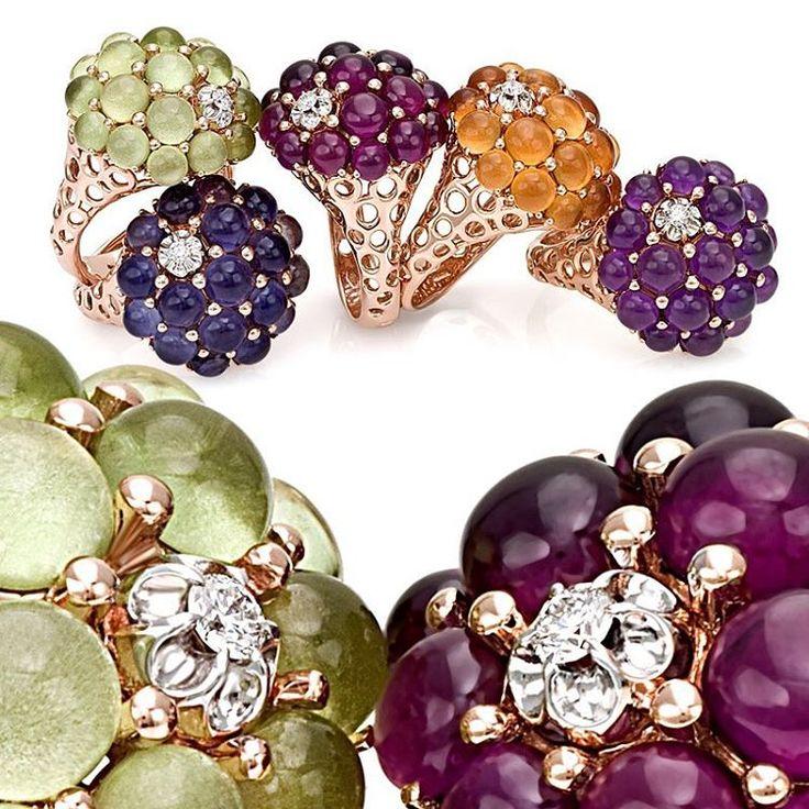La #dolcezza di #gioielli come golosi bouquet di frutti di bosco. La collezione MoreMINÙ e tante altre creazioni deliziano #tarimondoprezioso. #oro #diamanti #Minù