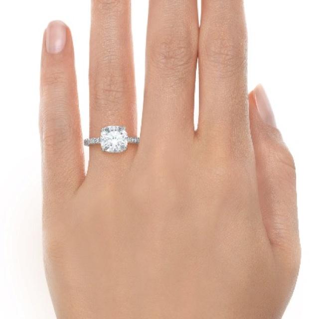 the Tiffany engagement ring i want.