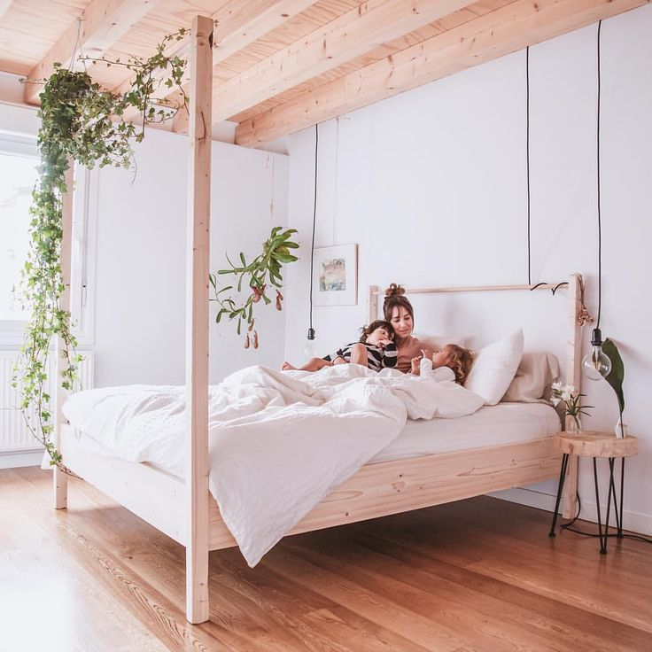 Best 25+ Minimalist Bed Ideas On Pinterest