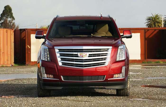 2019 Cadillac Escalade: SUV with Prominent Look and Quality