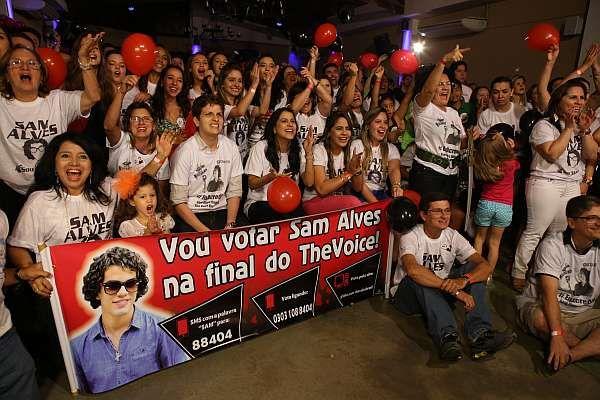 Sam Alves é o vencedor do The Voice Brasil 2013   O POVO Online