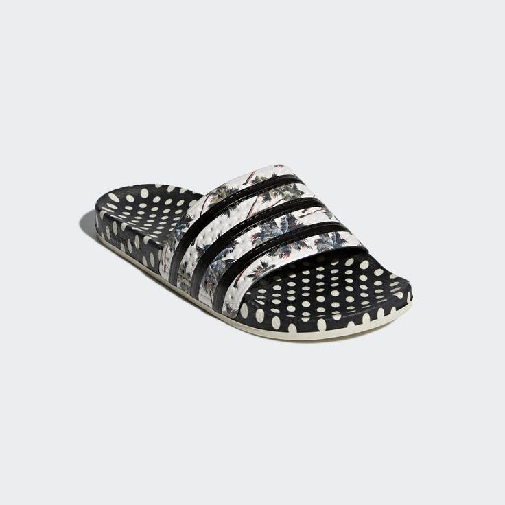 Adilette Slides Des chaussuresClaquettes Adidas, sandales Slide Des chaussures Adidas slides, Slide sandals