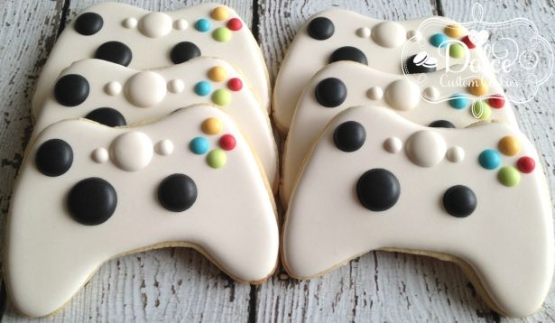 Video Game Controller Cookies - 1 Dozen (12 Pcs) by Dolce Custom Cookies on Gourmly