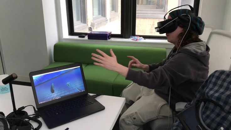 Leap Motion hand-tracking with Gear VR