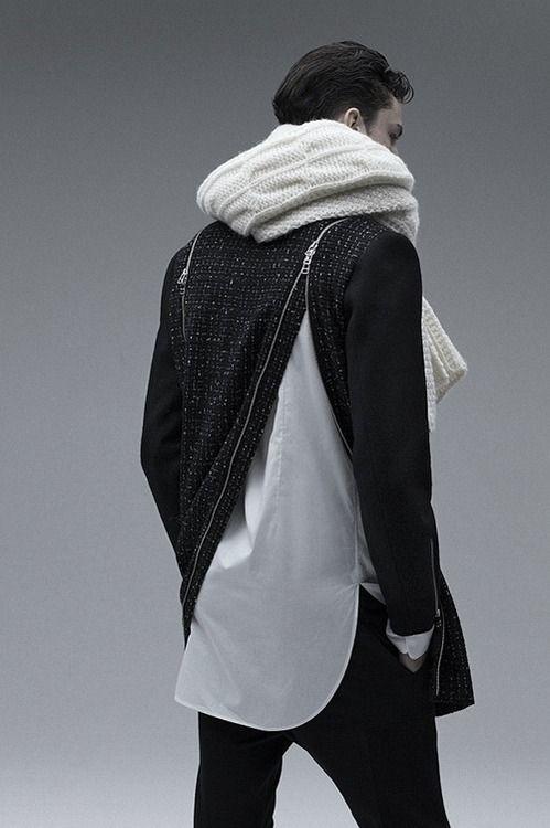 Love the zipper details!                                                       …