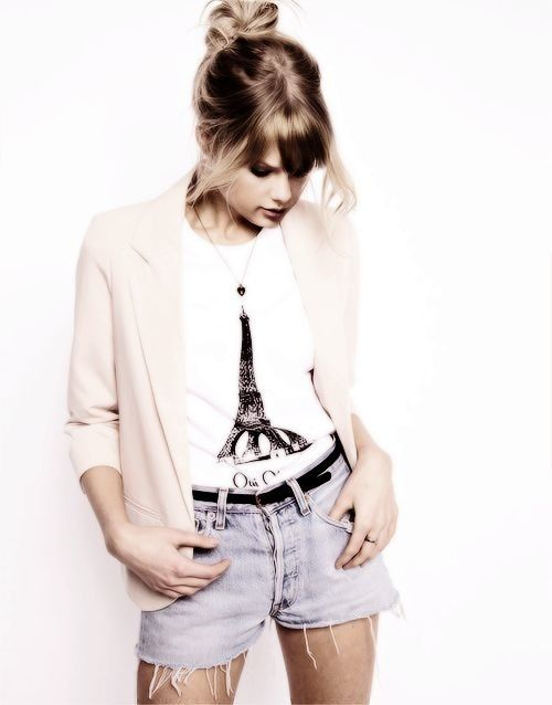 Taylor :) I love her outfit!