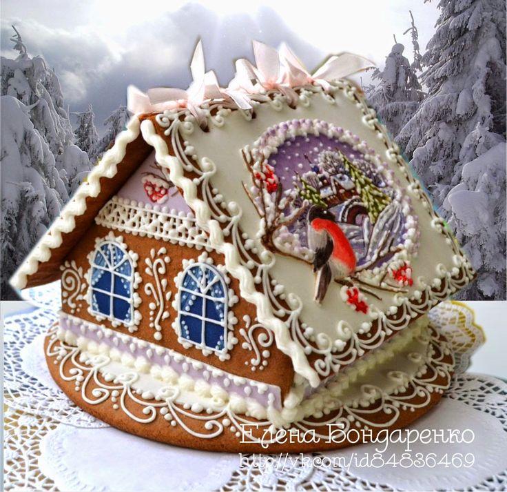 Вот еще один домик появился зимний! А тема снегирей в этом году просто хит.                а внутри, если поднять открывающуюся створку кры...