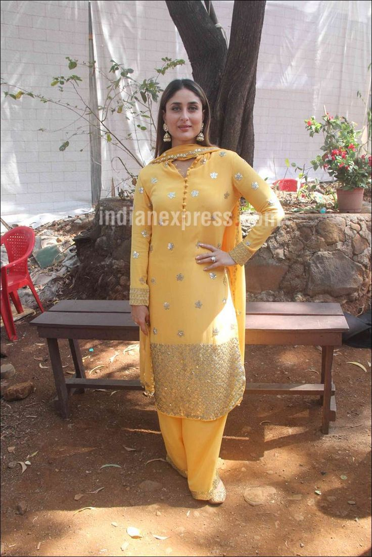 Kareena Kapoor on the sets of of Thapki Pyar Ki promoting #KiAndKa.