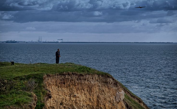 Flying his glider at Fyns Hoved, northeast Funen, Denmark... | Flickr - Photo Sharing!