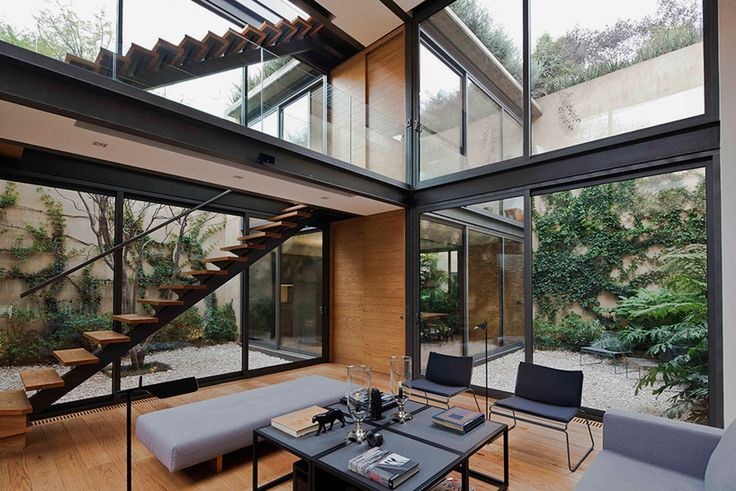 andrés stebelski delineates a house with four courtyards in mexico city