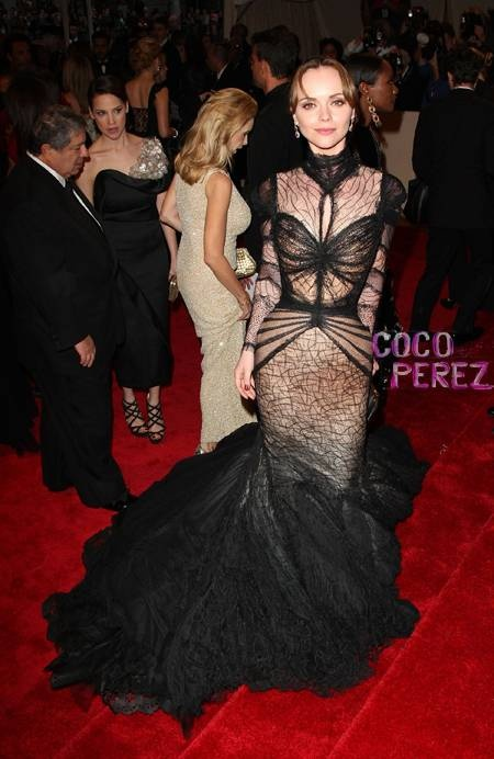 Christina Ricci in unbelievably gorgeous black gown