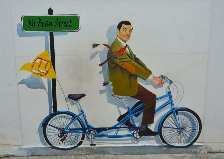#StreetArt #MrBean / seguici su www.cocoontravel.uk
