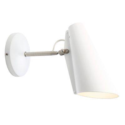 Birdy væglampe fra Northern Lighting, designet af Birger Dahl. En moderne og minimalistisk lamp...