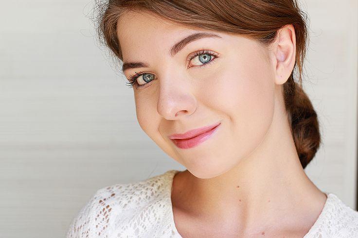 Un tutoriel pas à pas en images pour réaliser un make up frais, simple et naturel pour cet été.  #summer #makeup #tutorial