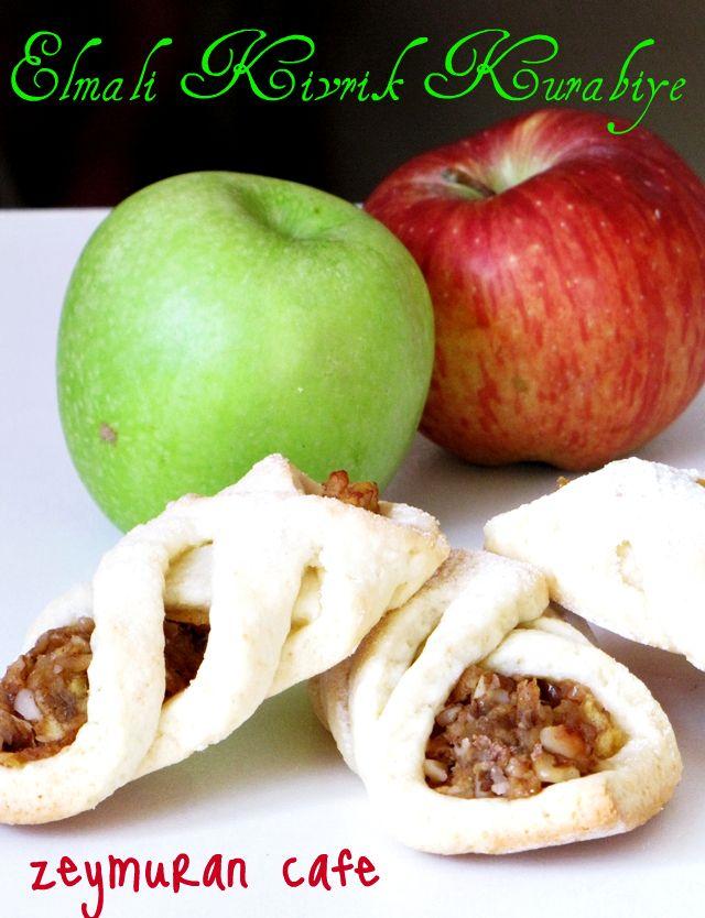 Şekli çok hoşuma gidince hemen yaptım. Hamur olarak farklı hamur kullandık elmalı kıvrık kurabiyede ben biraz gevrek olan kurabiye hamurunu daha çok tercih ediyorum. ...