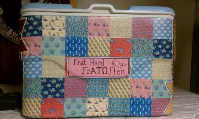 totally doing this for the bfPainting Coolers, Crafts Ideas, Vines Coolers, Coolers Crafts, Coolers Coolerinspir, Coolers Crushes, Ohio States, Vineyard Vines, Coolers Ideas