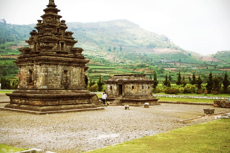 Rediscovered in 1814, when an English soldier was on vacation to the plateau, the temple complex in Dieng Plateau is estimated to be built late in the 8th century until early in the 9th century, and considered as the oldest temples in Java.