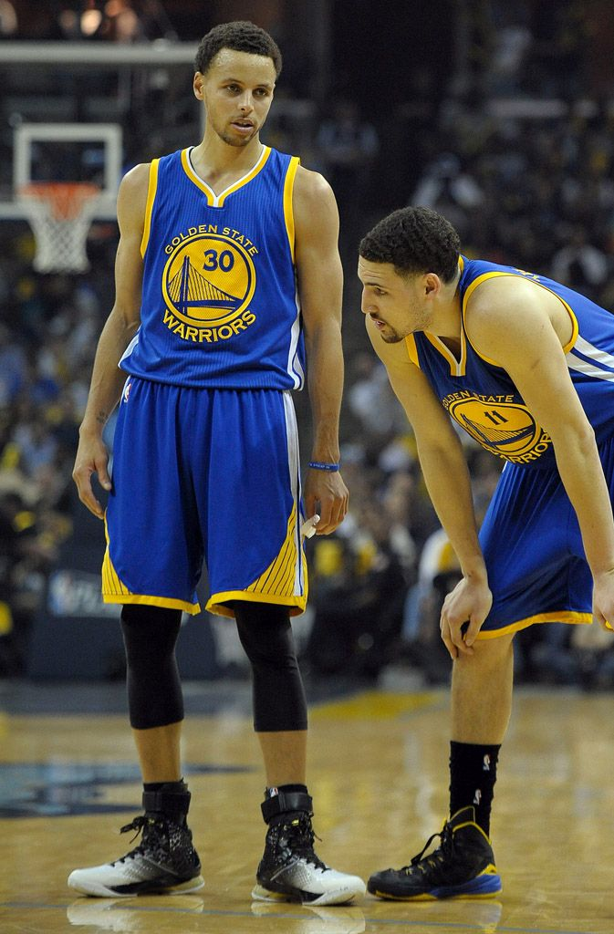 f2276ff57988 Stephen Curry Debuts the  MVP  Under Armour Curry One