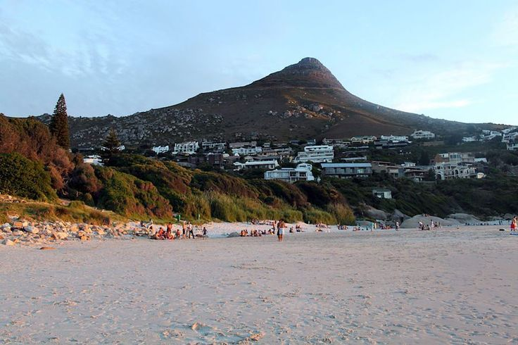 Your Guide to Llandudno Holiday Rentals & Luxury Accommodation.     Cape Town Vacation Rentals - Serviced & Furnished Holiday Homes, Villas, Bungalows and Apartment Rentals throughout the Western Cape.