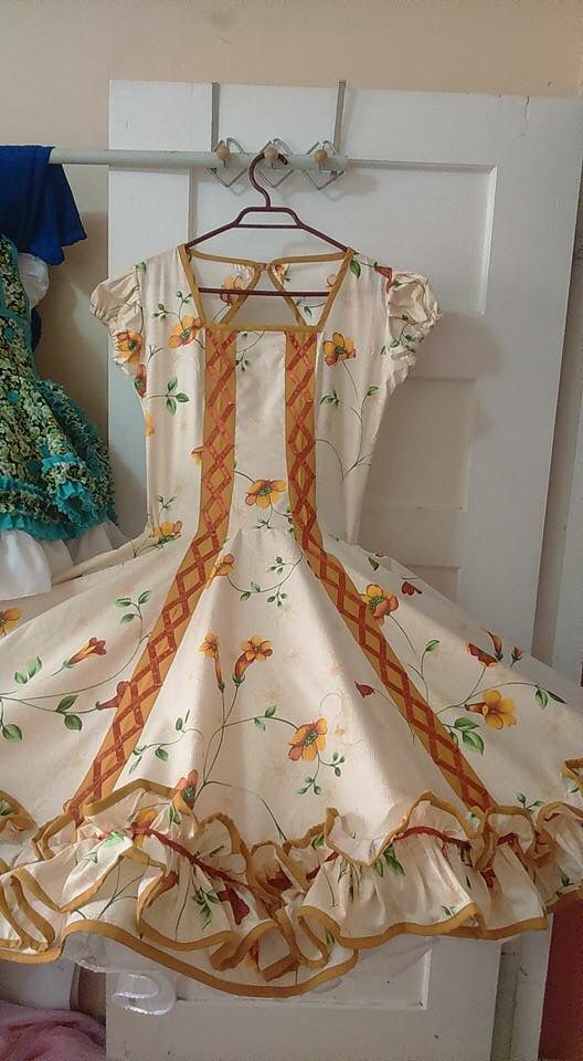 Squaredance dresss with a full petticoat