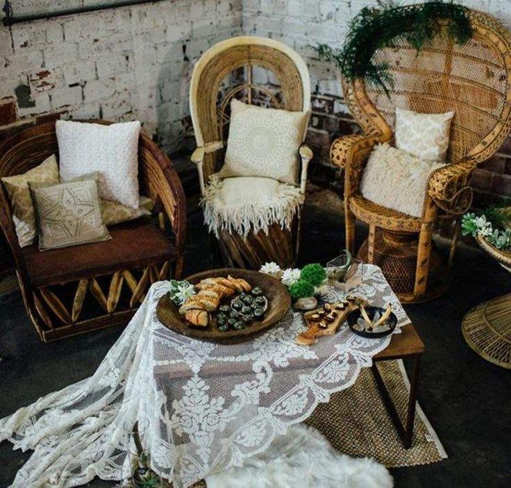 Ideen für Balkon Deko im romantischen Boho-Chic-Stil