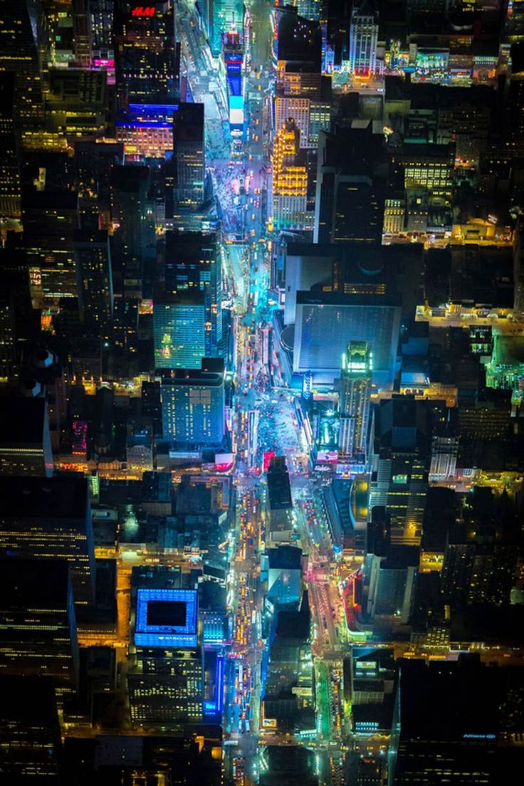 Night Over New York – De superbes photographies de New York vue du ciel