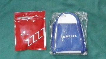 未開封新品DELTA デルタ航空 アメニティ スリッパアイマスク耳栓セット