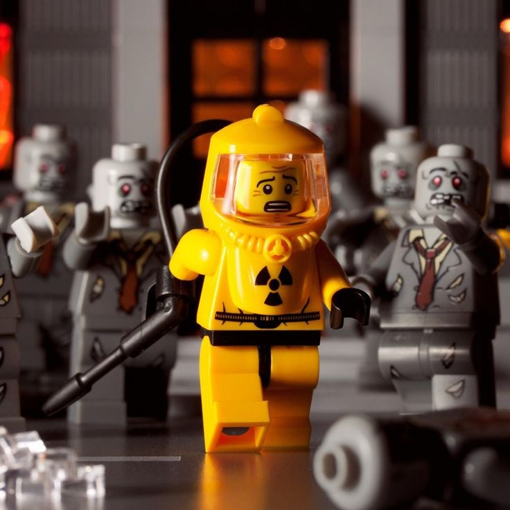 I wish I had some zombie lego men when I was a kid.  lol