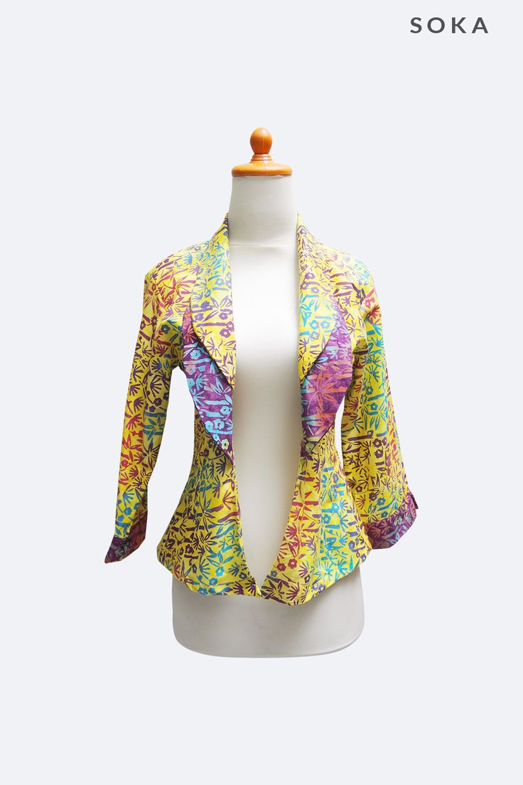 Only $22 floral printed batik blazer #bolero #jacket #bolerojacket #batik #yellow #fashion #womensclothing #kimonojacket #floral #blazer