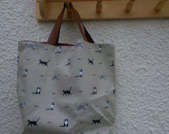 Articoli simili a Alley cats tote / borsa a spalla / linea minimalista disegno / ricamo moderno / riutilizzabile borse fatte a mano su Etsy