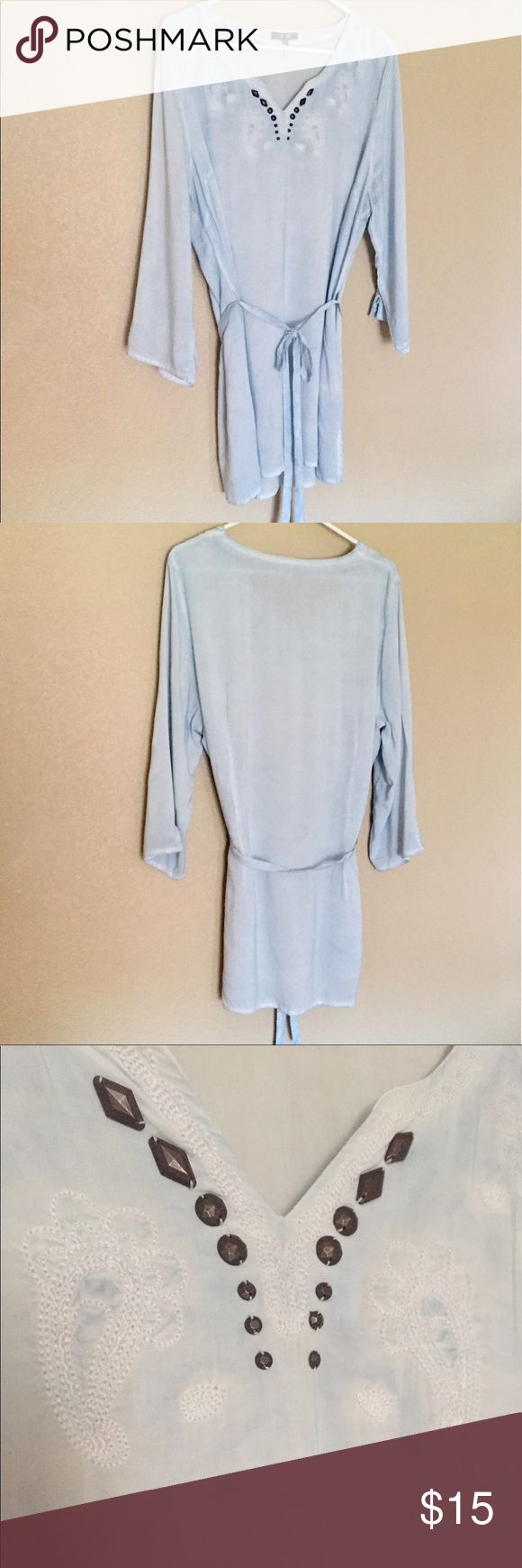 🔹BLOUSE/TUNIC🔹 Lovely lightweight blouse/tunic in excellent condition! Yest Tops Tunics