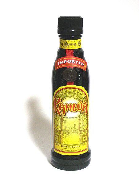 Kahlúa, el licor de café mexicano. http://cafeyte.about.com/od/Cafe-101/fl/Kahluacutea-el-licor-de-cafeacute-mexicano.htm