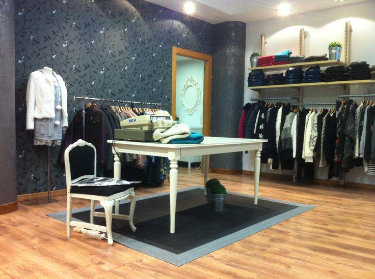 Proyecto de dise o de interior y reforma en tienda vintage for Diseno de interiores almacenes de ropa