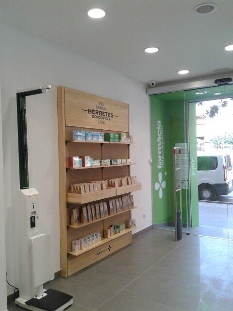 #ecoceutics farmàcia Ruiz de Bustillo #santcugat #jordifigueroladesign…