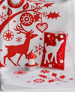 § Christmas crafts in RED