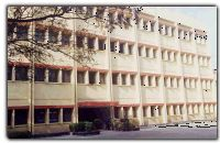 MARINE ENGINEERING COLLEGE , KOLKATTA.After 50 years since her inception Marine Engineering and Research Institute is the most acclaimed Marine Institute around the world. four year-training course, today, MERI's students receive a Degree in Marine Engineering, (All India Council for Technical Education). The Institution takes immense pride in her alumni -finest Marine Engineers around the globe,