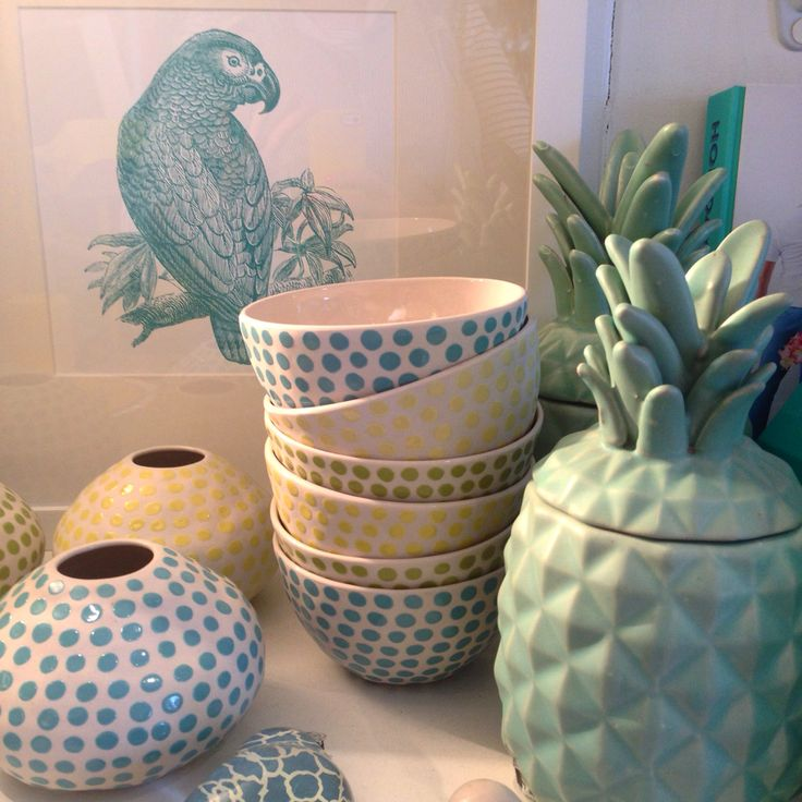 Beautiful Parrot print, pineapples and spotty ceramics!