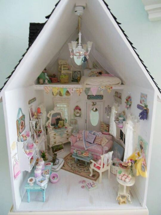 shabby chic dollhouse 53 shabby chic to make or. Black Bedroom Furniture Sets. Home Design Ideas