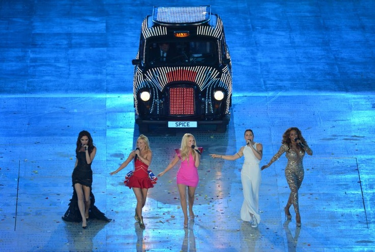 #SpiceGirls spiced the #London2012 closing ceremony stage...