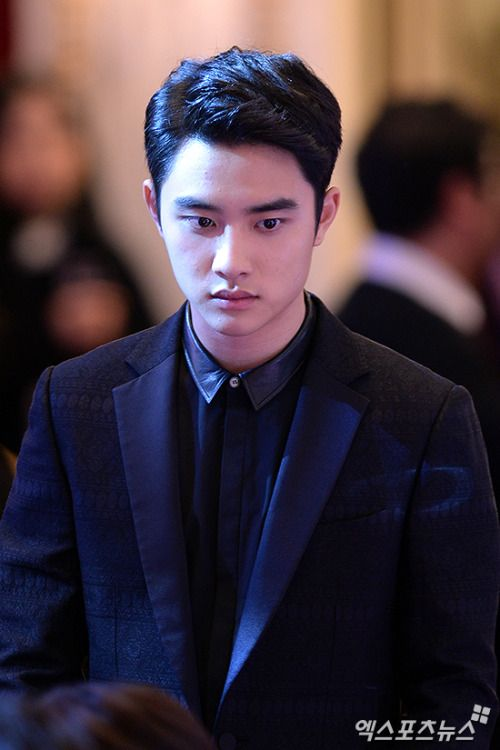 D.O - 160225 2016 MaxMovie Film Awards  Credit: 엑스포츠뉴스. (2016 맥스무비 최고의 영화상)