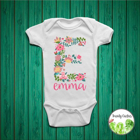 Grenouillère fille bébé personnalisé, tenue de bébé fille Coming Home, chemise fille personnalisé, monogramme bébé fille, tenue de fille nouveau-né, personnalisé cache-couche