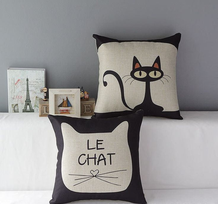 Home decor for cat lovers. For more cat décor inspiration visit http://catladyconfidential.com