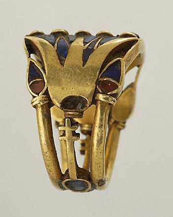 Ancient Egyptian Ring 1000-1500 BCE