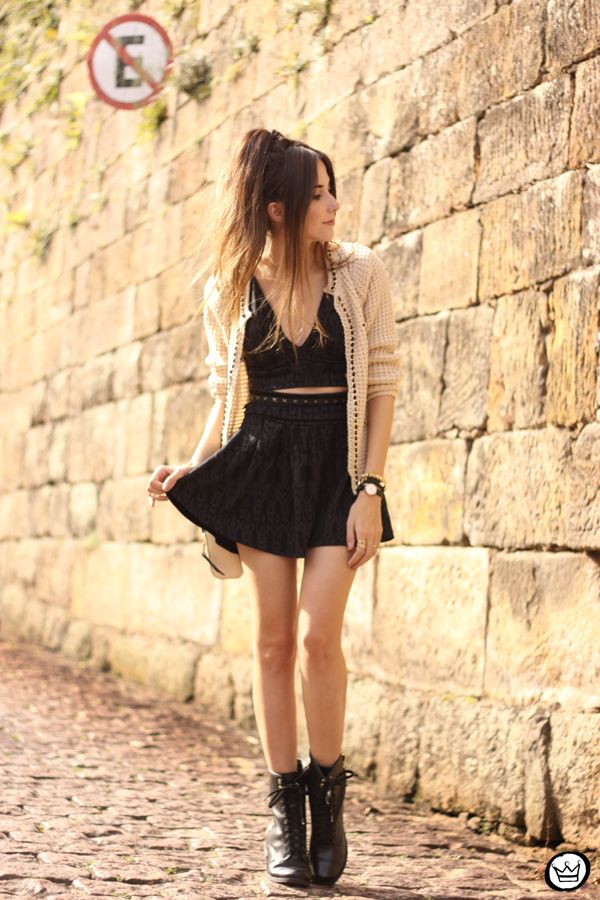 black & nude - boots