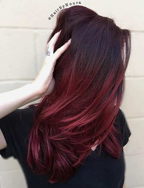 Dark Roots + Bright Red Ends, thinking Maybe to dye my hair like this for Autumn ☺️