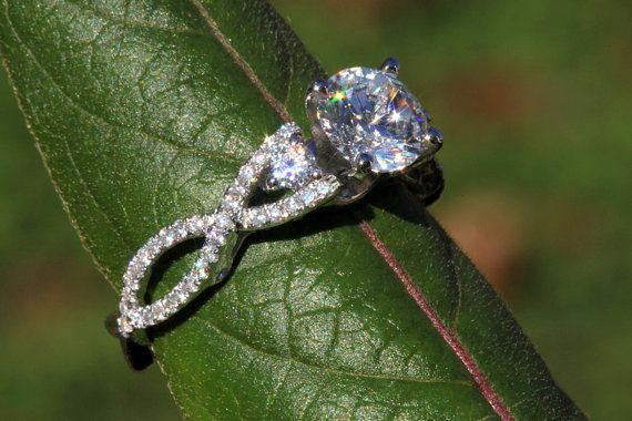 AJUSTE del anillo de compromiso de diamante por BeautifulPetra