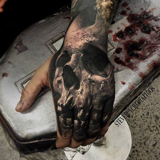 Awesome Skull Tattoo on Hands