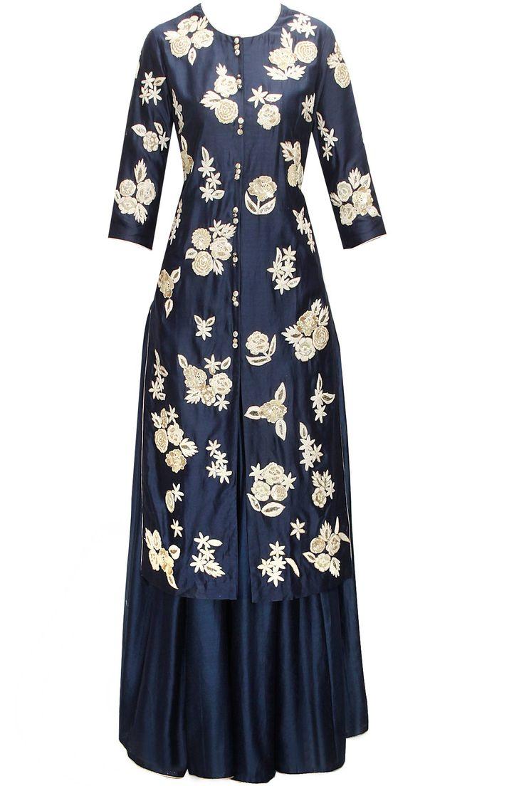 Midnight blue floral embroidered kurta with lehenga by Saumya&Bhavini Modi. Shop now: www.perniaspopupshop. #kurta #saumya&bhavinimodi #stylish #clothing #ethnic #shopnow #perniaspopupshop #happyshopping