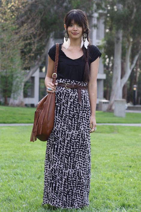 Printed animal maxi, black shirt, brown accessories